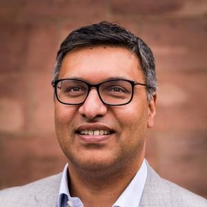 Dr Sohail Munshi